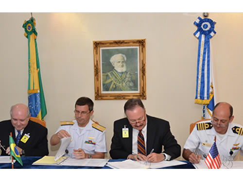Marinha assina termo aditivo 1
