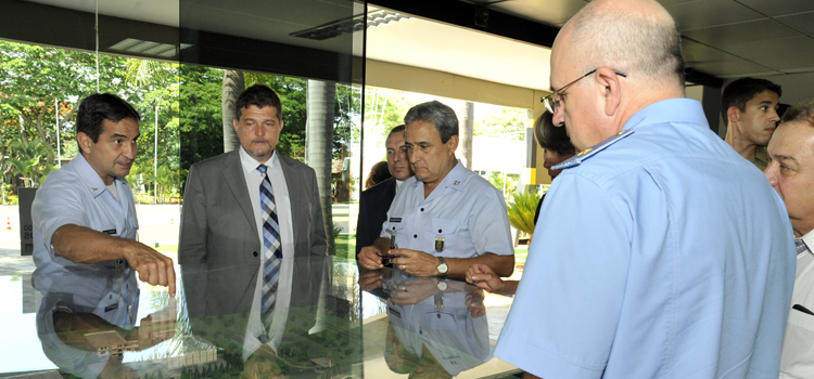 Militares russos visitam o Brasil 3
