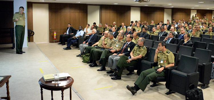 Planejamento da Defesa para as Olimpíadas Rio 2016 é debatido em seminário sobre grandes eventos