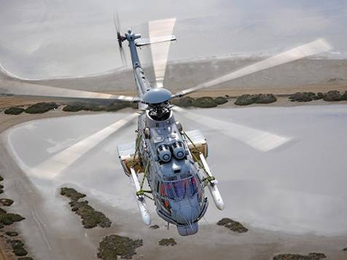 Foto cedida pela Airbus Helicopters - Aeronave SOC-09 realizando ensaios em diversos perfis de voo