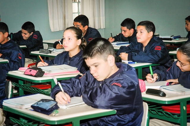 Colégios Militares apresentam, mais uma vez, bom desempenho no Exame Nacional do Ensino Médio – ENEM 2013