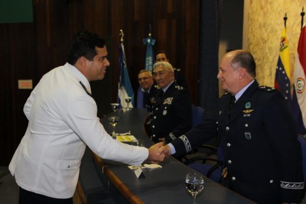 Escola de Comando e Estado 3