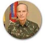 General de Exército Enzo Martins Peri - Comandante do Exército