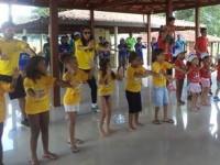 Realização de atividades com as crianças participantes da Colônia de Férias 2015