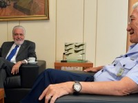 Ministro Jaques Wagner inicia visita aos comandos das ForCas Armadas
