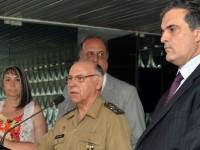 Chefe do EMCFA, general José Carlos De Nardi, fala à imprensa sobre a prorrogação da operação de GLO na Favela da Maré: seis meses