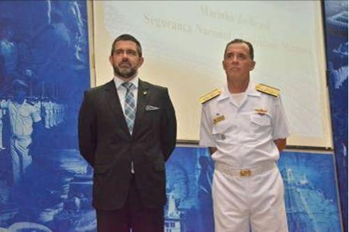 Diretor-Geral do Pessoal da Marinha ministra Aula Inaugural na Escola Naval