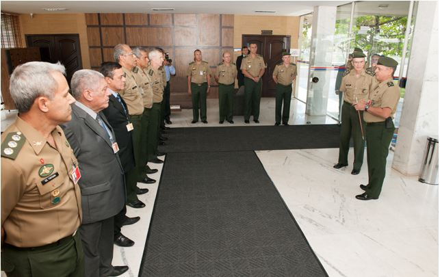 OADI promove almoço de despedidas e agradecimento ao General Enzo