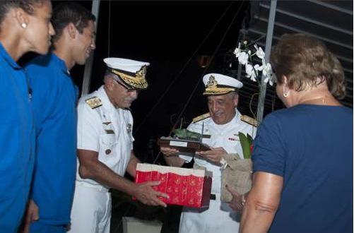 Parada após o Pôr do Sol em homenagem ao Ex- Comandante da Marinha, Almirante Moura Neto