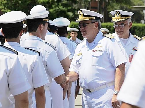 Comandante da Marinha faz primeira visita oficial ao Centro Tecnológico da Marinha em São Paulo