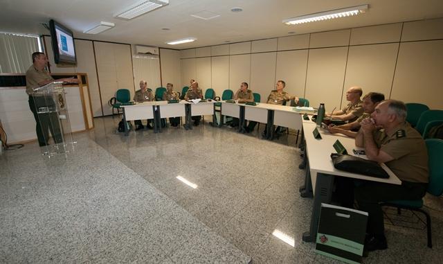 Centro de Comunicação Social do Exército – Palestra no Estágio de Preparação de Oficiais-Generais
