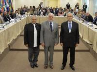Ministro Wagner com o Prêmio Nobel, Ramos Horta (esquerda), e o embaixador Carlos Antonio da Rocha Paranhos.