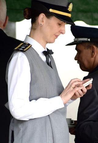 Lei que assegura seis meses de licença maternidade às mulheres militares seguiu para sanção presidencial