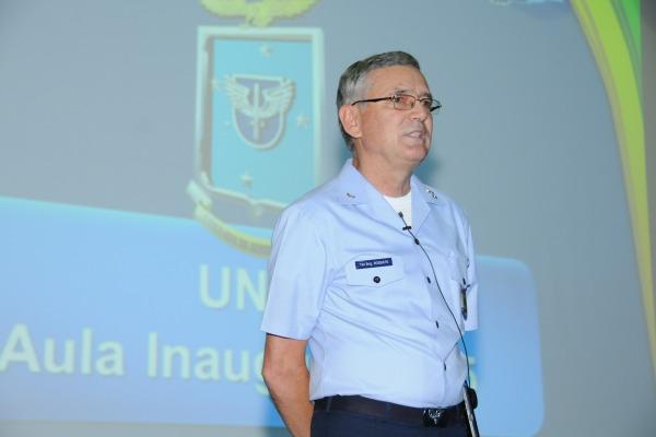 Planejamento estratégico é tema de palestra do Comandante da Aeronáutica