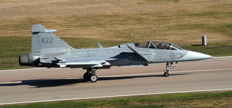 Os Caças Gripen NG serão fabricados no Brasil: Argentinos querem comprar 24 unidades - Foto: Jorge Cardoso