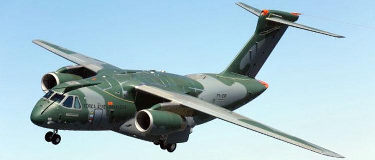 Cargueiro KC-390: Projeto brasileiro desenvolvido em parceria com os argentinos - Foto: Embraer