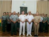 Delegações das Marinhas brasileira e norte-americana