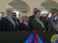 Presidenta Dilma elogiou o trabalho de homens e mulheres que integram a Força Terrestre - Foto: Tereza Sobreira