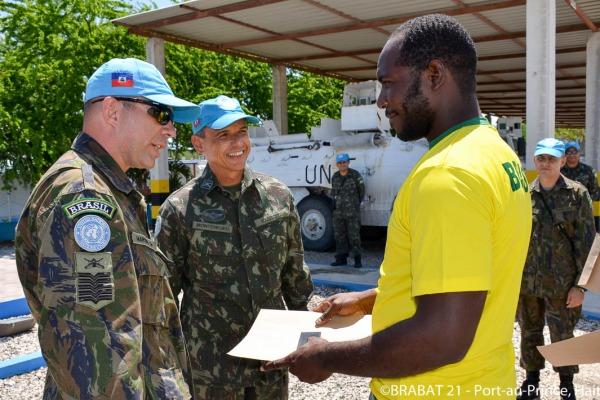 Militares da FAB promovem curso de capacitação no Haiti
