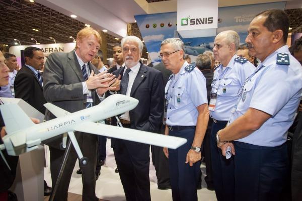 Força Aérea Brasileira participa da maior Feira de Defesa e Segurança da América Latina