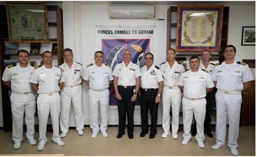 """Militares da Marinha visitam Comandante das Forças Armadas na Guiana Francesa durante """"CARIBEX 2015"""""""