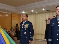 Brigadeiro Euclides (à esquerda) vai assumir o III Comar e o brigadeiro Crepaldi é o novo chefe do Deprod