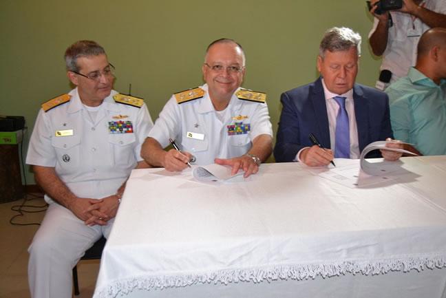 Comando do 9ºDN assina Protocolo de Intenções com a prefeitura de Manaus (AM) visando o ordenamento da Orla Fluvial