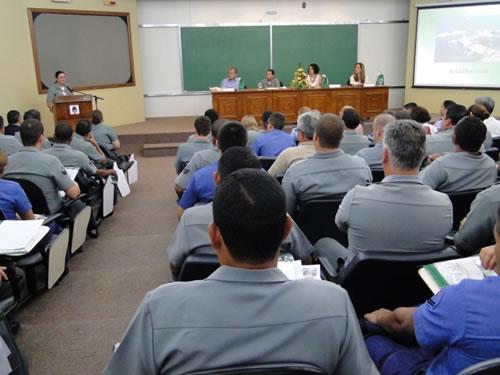DHN realiza 1º Encontro de Educação Financeira do Complexo Naval da Ponta da Armação
