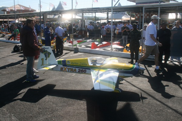 FAB participa de festival de aeromodelismo em Santa Catarina