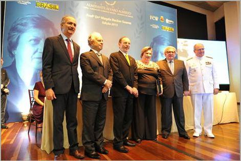 Marinha participa da entrega do Prêmio Almirante Álvaro Alberto e do aniversário da Academia Brasileira de Ciência
