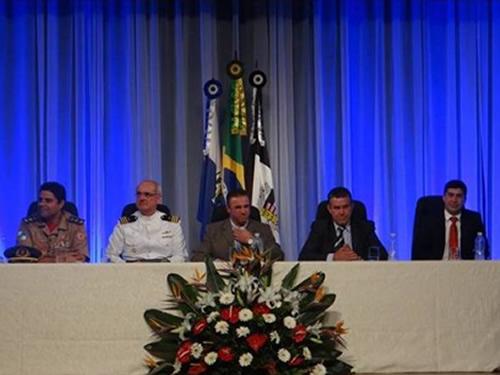 Câmara Municipal de Nova Friburgo homenageia Marinha do Brasil