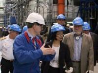 Jaques Wagner conhece instalações da DCNS, estatal francesa que é parceira do Brasil no PROSUB