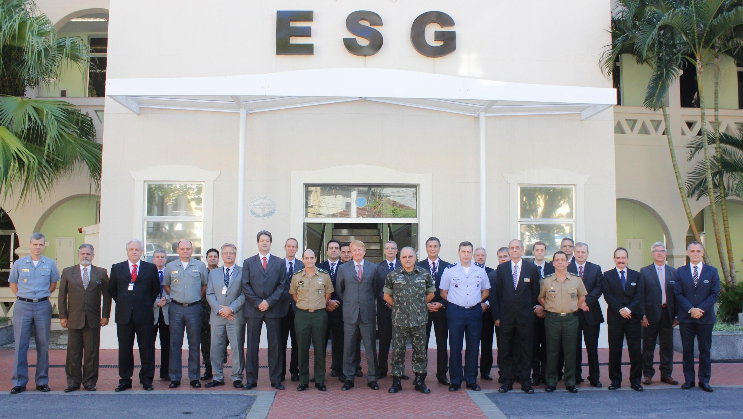 ESG e Embraer Realizam Ciclo de Estudos de Assuntos de Defesa