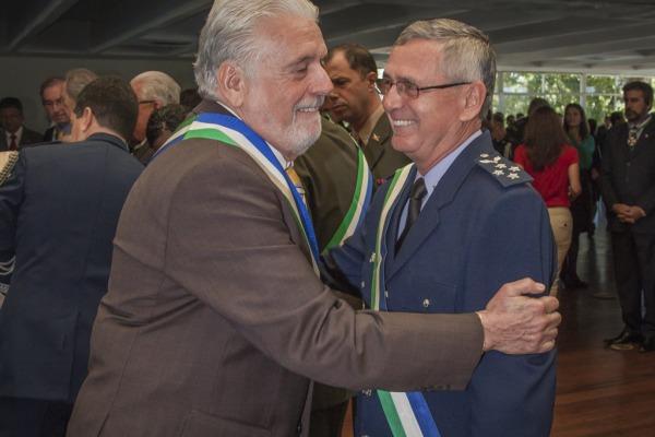 Ministério da Defesa agracia 172 personalidades em Brasília