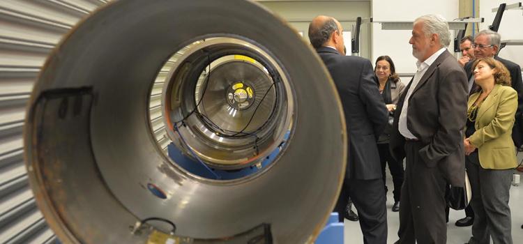 Wagner conhece projetos da Avibras e da Mectron no Vale do Paraíba