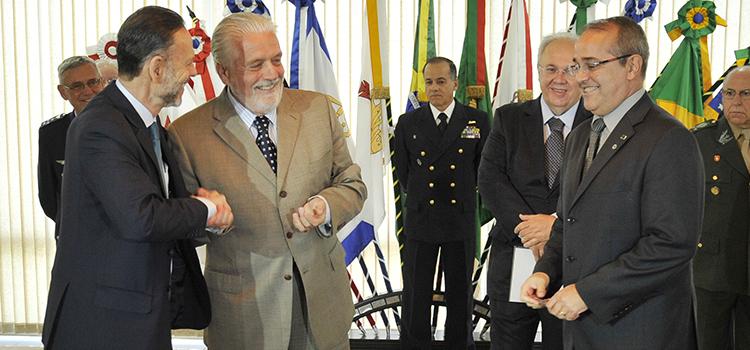Ministério da Defesa e BNDES assinam acordo para o Projeto Amazônia SAR