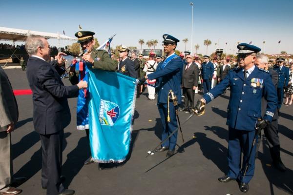 Comando-Geral de Apoio recebe Medalha do Pacificador do Exército Brasileiro