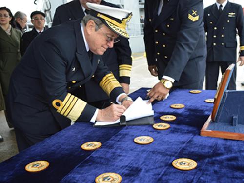 Autoridades lavraram um termo circunstanciado após a cerimônia