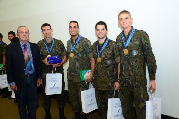 Olimpíada de História e Aeronáutica mobiliza cadetes da AFA