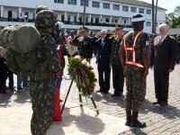 Jaques Wagner passa em revista tropas da 6ª Região Militar