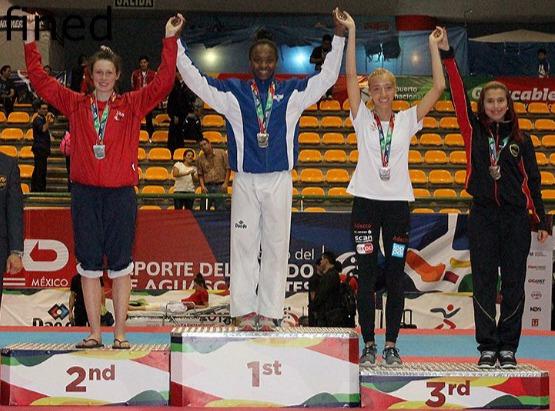 Militares da FAB vencem prova de taekwondo e maratona no exterior