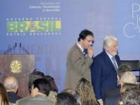 Jaques Wagner participou da solenidade de entrega de premiação da 28ª edição do Prêmio Jovem Cientista