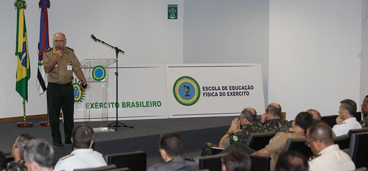 General De Nardi abordou questões como o centro de enfrentamento ao terrorismo e defesa cibernética