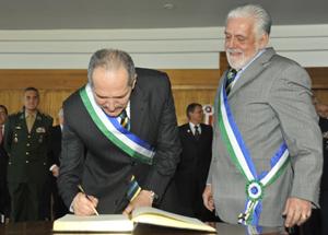 Ministros assinam Livro de Transmissão de Posse