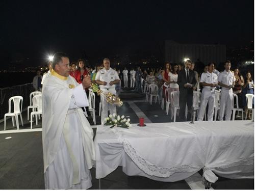 """Missa celebrada no convoo da Corveta """"Barroso"""" no Porto de Beirute no Líbano"""