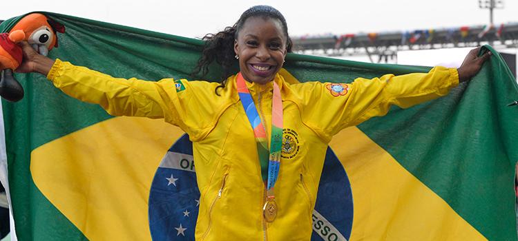 A sargento do Exército Rosangela Oliveira garantiu ouro nos 100 metros rasos (Foto: Felipe Barra / MD)