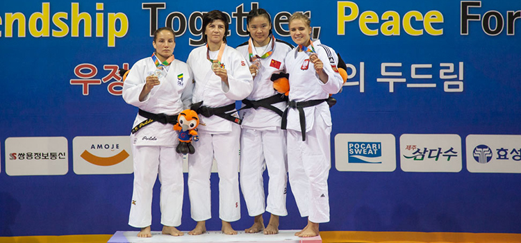 A sargento Maria Portela (até 70 kg) também garantiu prata para o Brasil (Foto: Sargento Johnson Barros / FAB)