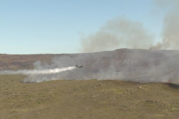 Aeronave da FAB lança 48 mil litros de água em Mucugê e Morro Branco (BA)