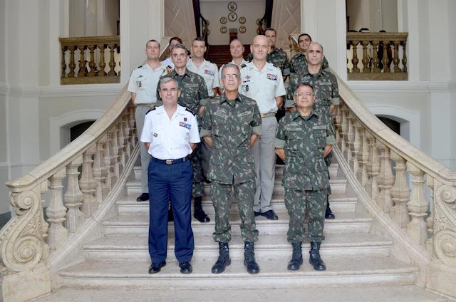Exército Brasileiro e Forças Armadas da Guiana Francesa promovem IX Reunião Regional de Intercâmbio Militar