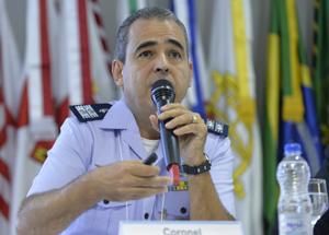 Coronel Simões defende fluidez nas questões de indústria e Defesa.